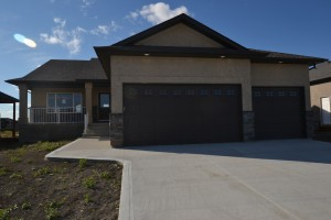 SOLD - 4 Lowe Crescent