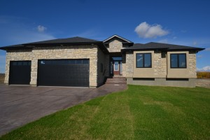 SOLD - 22 Lowe Crescent
